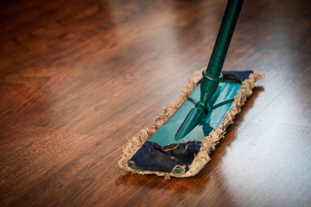 ניקיון רצפה