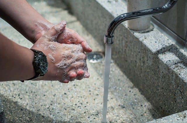 חיטוי נגד קורונה שטיפת ידיים